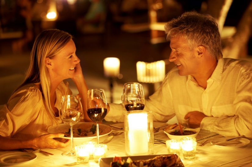 People on Dinner Date